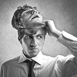 Как определить когда парень лжет, а когда нет?