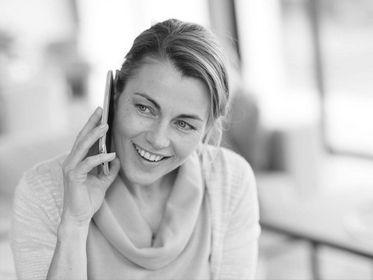 Общайтесь по телефону, но не часто