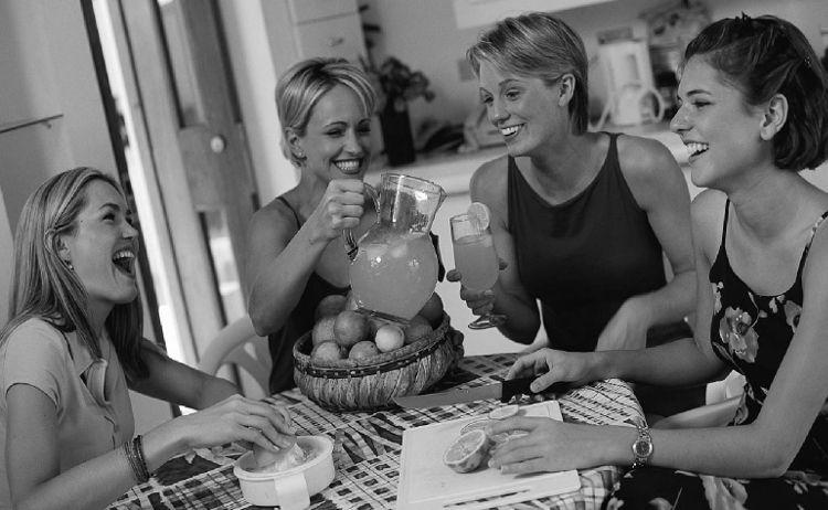 клубы помогающие людям общаться знакомиться находить друзей
