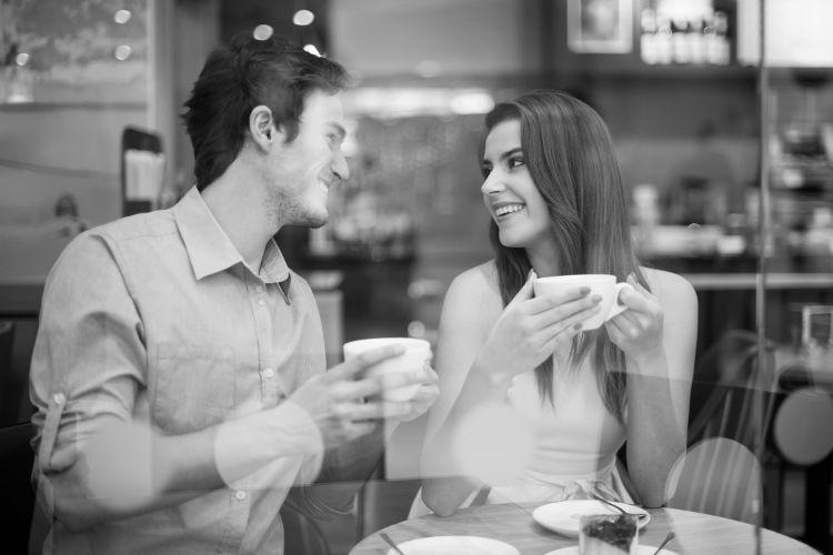 как познакомиться с девушкой в кафе девушке фото