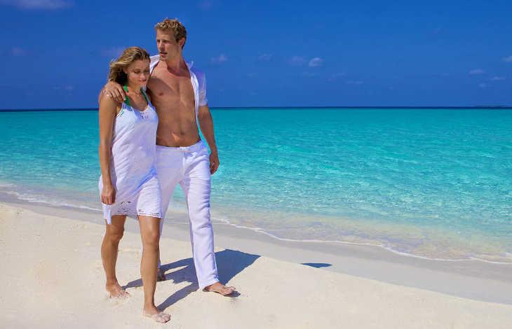 знакомство парней с девушками на пляже