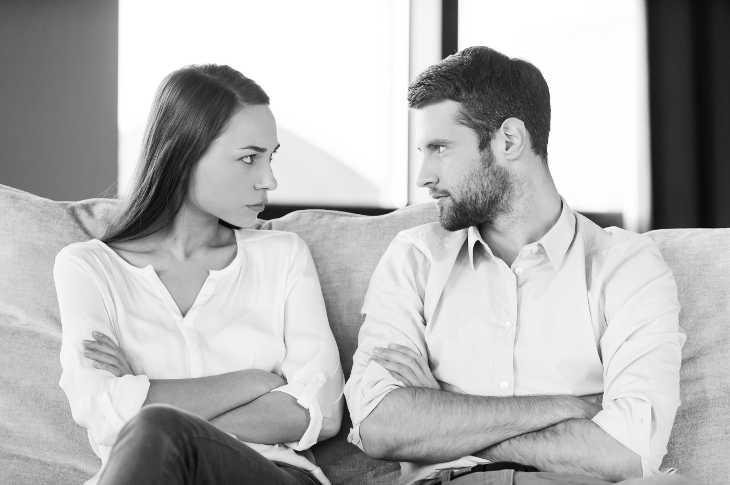 Зачем мужчины общаются с бывшими