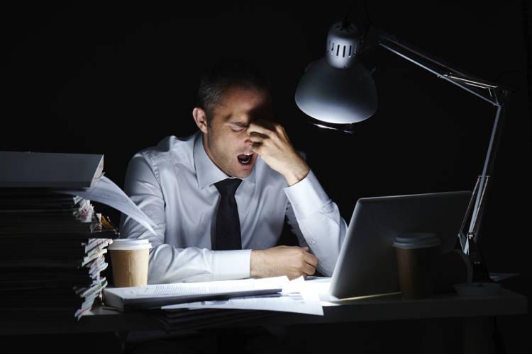 Трудоголик, работоголик - больной ургентной аддикцией