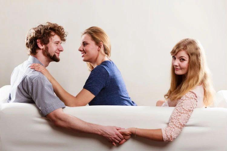 К чему снится измена любимого мужа? Значение сна для женщины