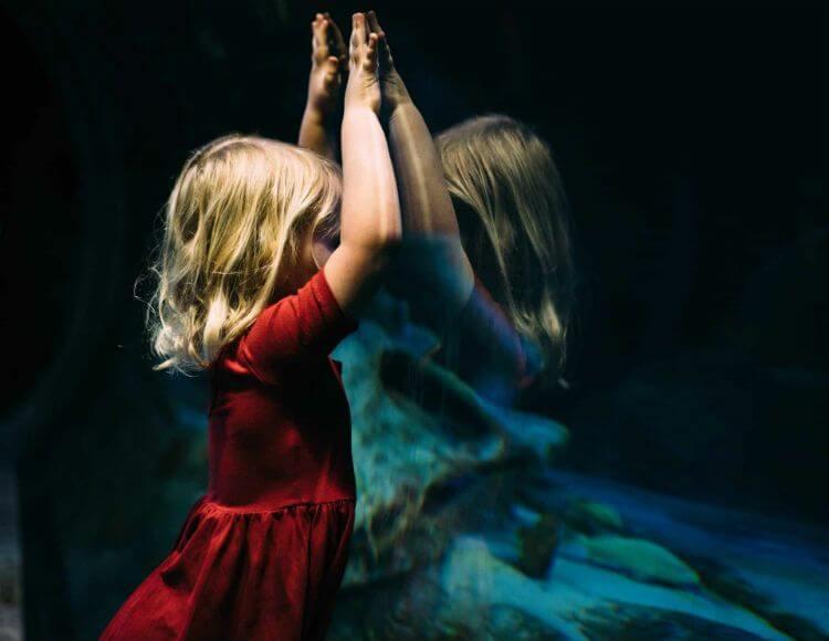 Как возникает невроз? Влияние детских событий на развитие невроза